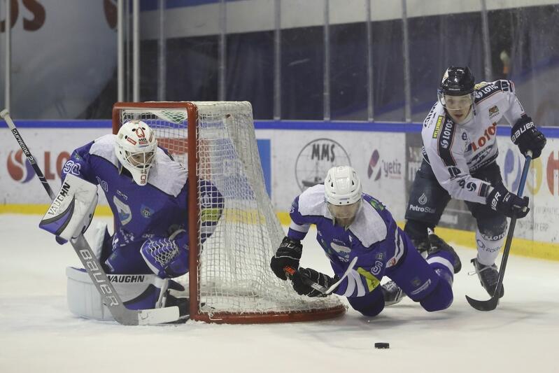 Ostatnie mecz ligowy hokeiści Lotosu PKH Gdańsk rozegrali 2 lutego z Re-Plast Unią Oświęcim