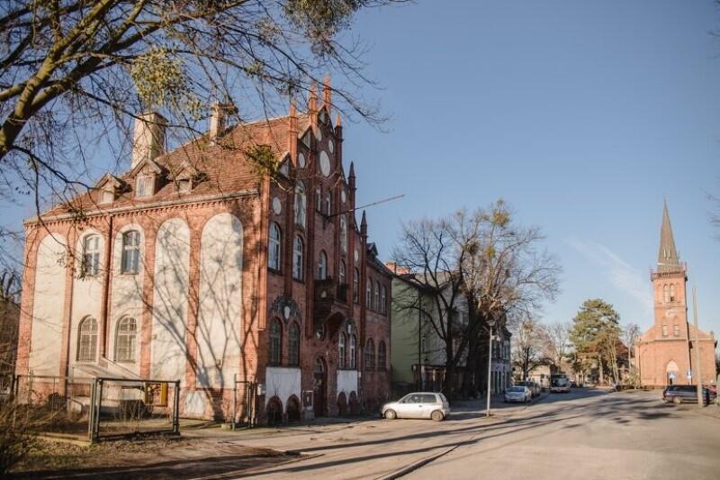 Orunia jest jednym z głównych obszarów rewitalizacji w Gdańsku - dzięki działaniom Miasta bardzo korzystnie zmieniło się nie tylko historyczne centrum dzielnicy, ale także Park Oruński