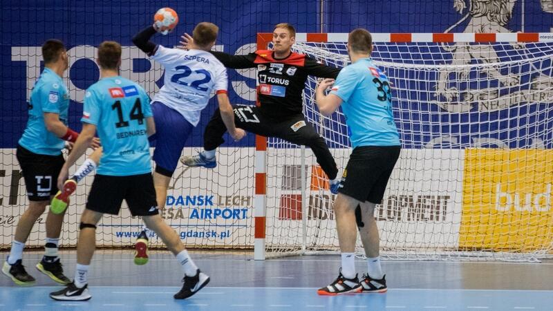 Piłkarzom ręcznym Torus Wybrzeże Gdańsk trudno będzie choćby zremisować. Na zdjęciu podczas spotkania z Energą MKS Kalisz w listopadzie 2019 roku