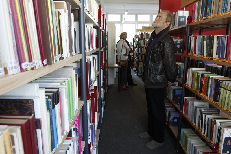 Milion odwiedzin rocznie w gdańskich bibliotekach WiMBP to imponujący rezultat. Jakiego typu książki najbardziej interesują mieszkańców? Dlaczego czytelnictwo jest ważne w życiu miejskiej społeczności?