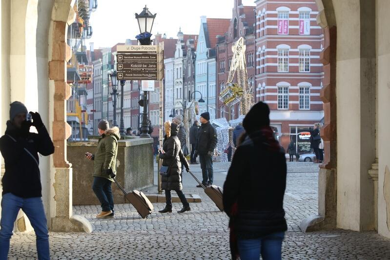 Turystyka stała się jedną z najważniejszych gałęzi gdańskiej gospodarki. Goście z kraju i zagranicy masowo odwiedzają nasze miasto już nie tylko latem, ale też poza sezonem wakacyjnym