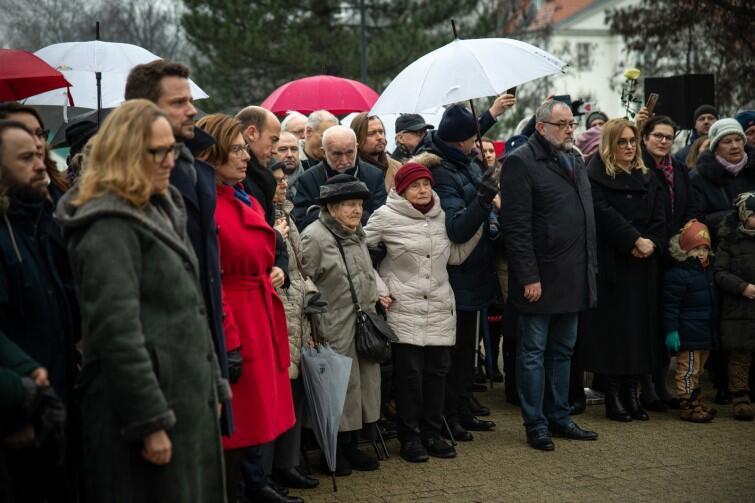 Na uroczystość przyszli nie tylko politycy, ale licznie stawili się mieszkańcy Warszawy