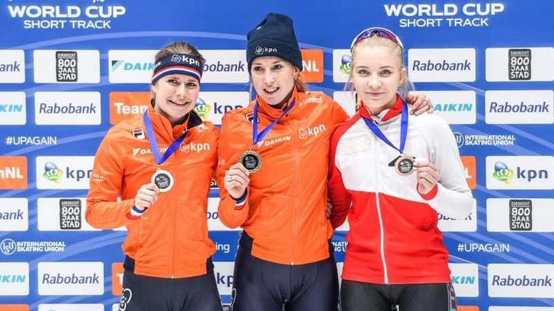 Kamila Stormowska (z prawej) na trzecim miejscu podium