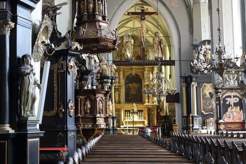 Wnętrze Bazyliki św. Mikołaja w Gdańsku