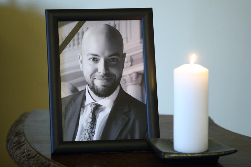 Dawid Krupej zmarł 21 lutego. Do księgi kondolencyjnej poświęconej radnemu, wyłożonej w budynku Rady Miasta Gdańska, można się wpisywać do piątku, 28 lutego