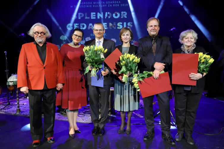 Laureatami kulturalnej nagrody zostali Alina Ratkowska, Katarzyna Józefowicz oraz Chris Niedenthal. Tytułu Mecenasa Kultury Gdańska trafił do Firmy Ziaja.