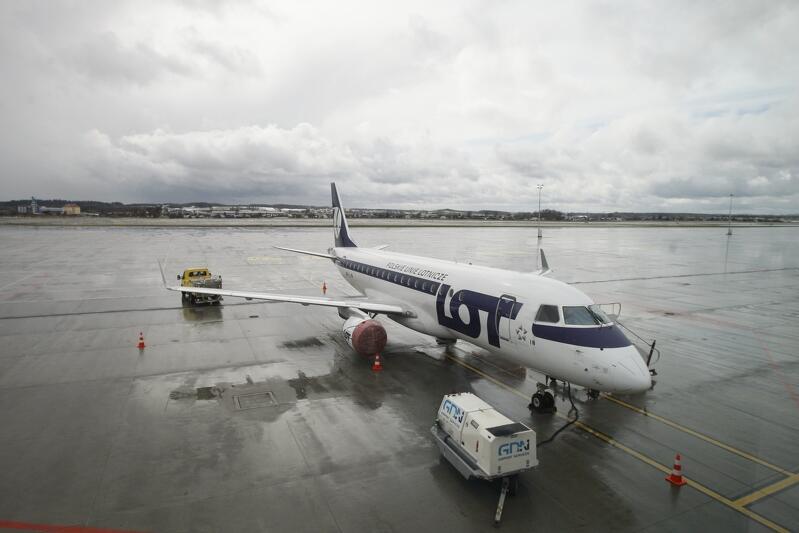 Wszyscy pasażerowie, którzy lądują w Porcie Lotniczym Gdańsk im. Lecha Wałęsy są badani pod kątem koronawirusa, począwszy od 12 marca 2020 r.