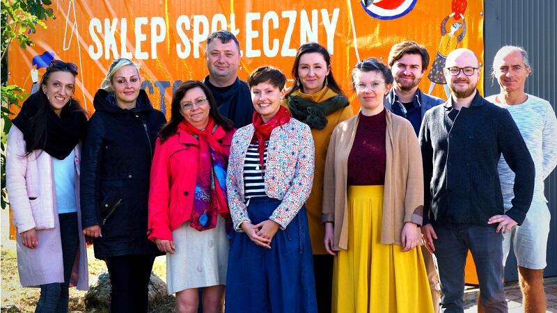 Ekipa Banku Żywności w Trójmieście prawie w komplecie, Łukasz Jaroń drugi od prawej