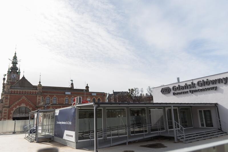 Dworzec tymczasowy w Śródmieściu przyjmie pierwszych podróżnych w niedzielę, 22 marca, od godz. 6