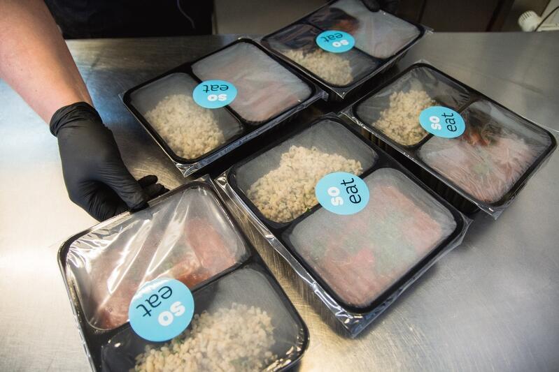 300 pełnowartościowych posiłków trafi w ciągu trzech dni do medyków, którzy w pocie czoła pracują w czasie epidemii w gdańskich szpitalach