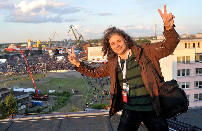 Maciej Kosycarz podczas koncertu z okazji 20. rocznicy upadku komunizmu