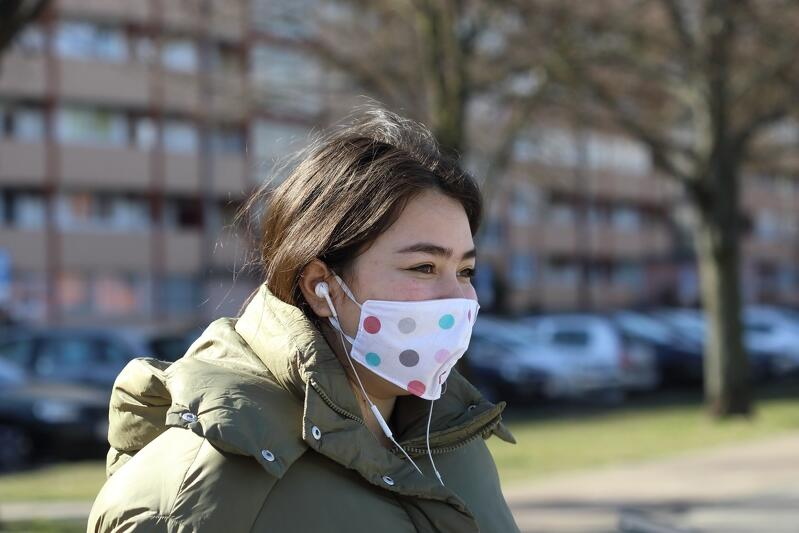 Mieszkanka gdańskiego Przymorza odpowiedziała na apel lekarzy o noszenie maseczek