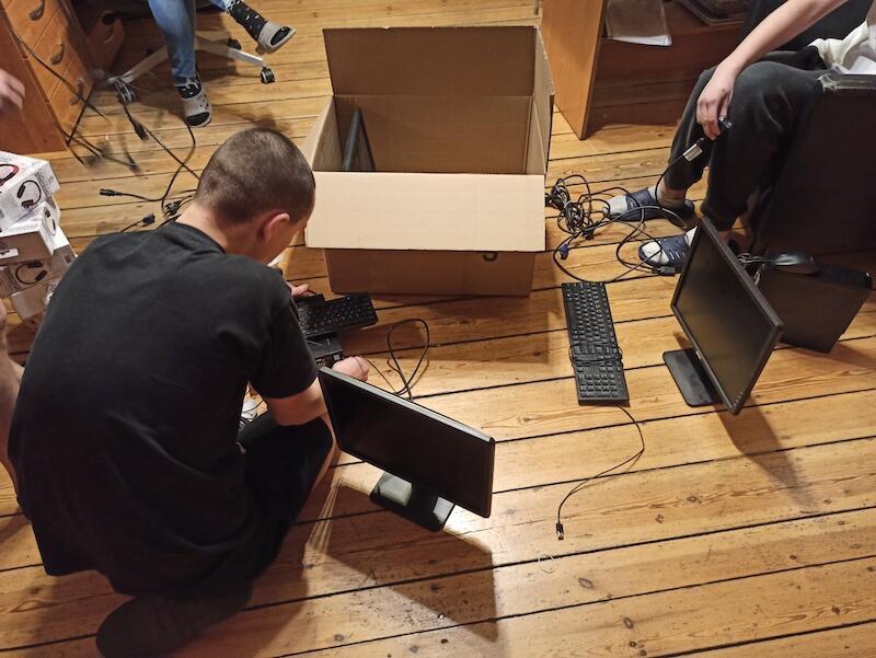Komputery, które do tej pory dostępne były wyłącznie we wspólnej przestrzeni, teraz trafią do sypialni dzieci