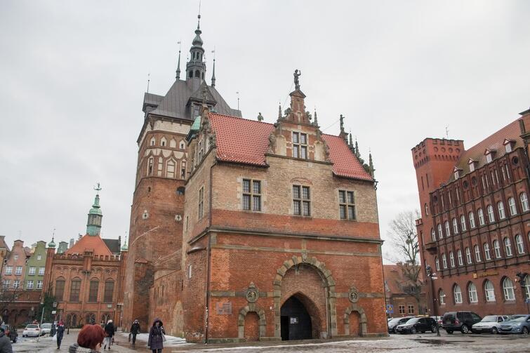 Katownia i Wieża Więzienna - zespół historycznych budowli, który kilkunastu lat jest siedzibą Muzeum Bursztynu. Czy w niedalekiej przyszłości będzie tutaj nowe Muzeum Odbudowy, gdy już Muzeum Bursztynu przeniesie się do Wielkiego Młyna?