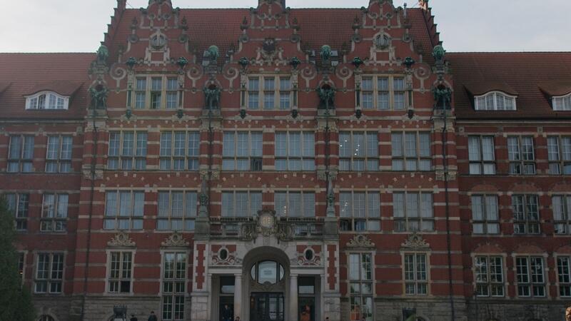 Budynek Politechniki Gdańskiej bez studentów pozostaje do 3 maja