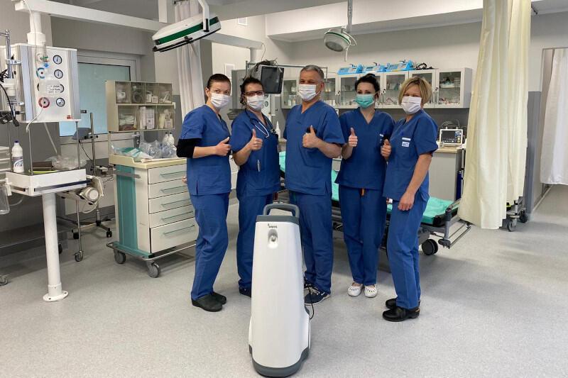Spółka przekazała do szpitala także respirator, termometry i fumigator do odkażania pomieszczeń, dostarcza testy na koronawirusa i posiłki