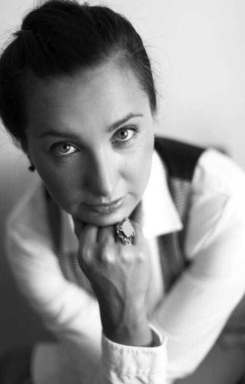 """Beata Szalkowska, współautorka tekstu, od 2016 r. kierowniczka """"Wyspy Skarbów"""" Gdańskiego Archipelagu Kultury (Dom kultury / Galeria / Muzeum)"""