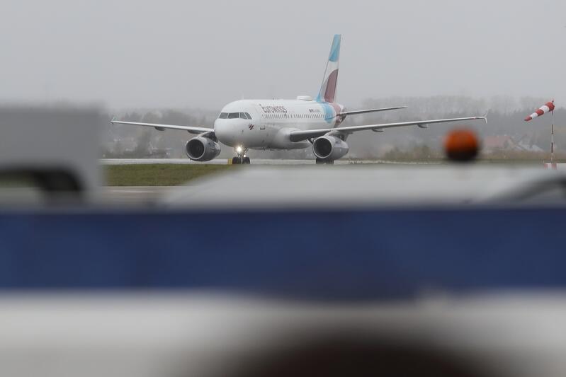Epidemia Covid-19 spowodował spadek liczby pasażerów obsługiwanych w Porcie Lotniczym Gdańsk