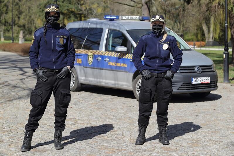 Patrol Straży Miejskiej na gdańskiej Oruni