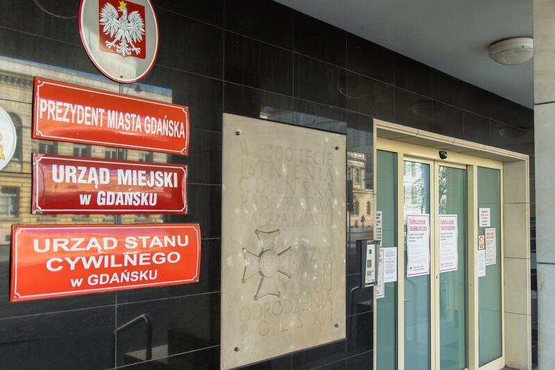 Urząd Miejski w Gdańsku funkcjonuje od początku epidemii, przy zachowaniu wszystkich zasad bezpieczeństwa