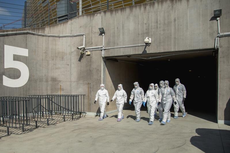 Zaplecze socjalne dla studenckiej ekipy Centrum Testowego COVID-19 drive-thru przy Stadionie Energa Gdańsk znajduje się w pomieszczeniach stadionu