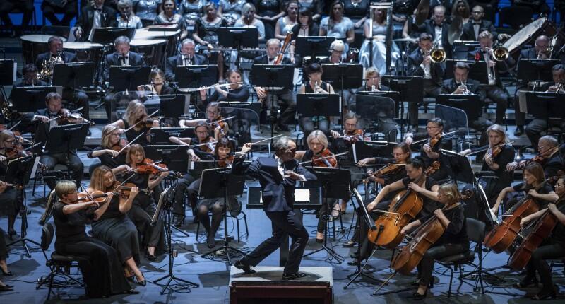 Na taki widok, Maestro José Maria Florêncio i orkiestra - musimy jeszcze poczekać