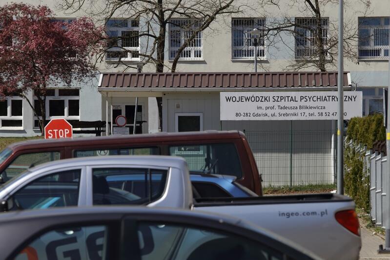 Wojewódzki Szpital Psychiatryczny w Gdańsku. Zakończenie drugiej tury badań pozostałej części pracowników oraz hospitalizowanych pacjentów planowane jest do końca bieżącego tygodnia.Z tego względu otwarcie Izby Przyjęć planowane jest na ok. 8 maja