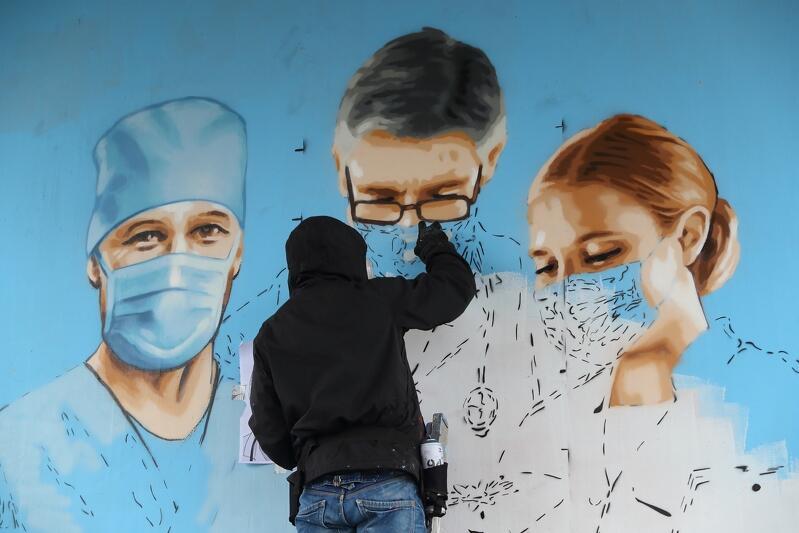 Mural ma być podziękowaniem dla walczących z koronawirusem pracowników ochrony zdrowia