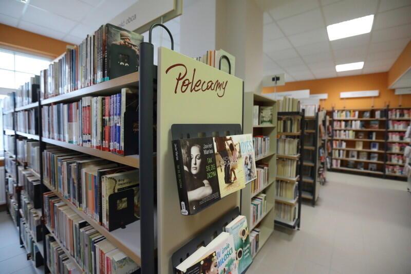 Tydzień Bibliotek w tym roku odbędzie się jedynie za pośrednictwem internetu. Powodem jest koronawirus. Ale mimo przeniesienia do wirtualnego świata, atrakcji nie zabraknie. Nz. Biblioteka Oliwa, która przygotowała jedną z propozycji
