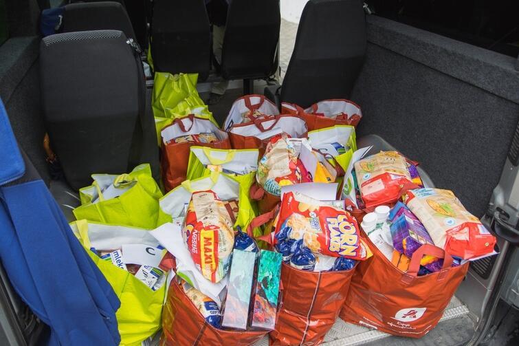 Radni Piecek-Migowa postanowili wesprzeć mieszkańców zakupem żywności i środków czystości