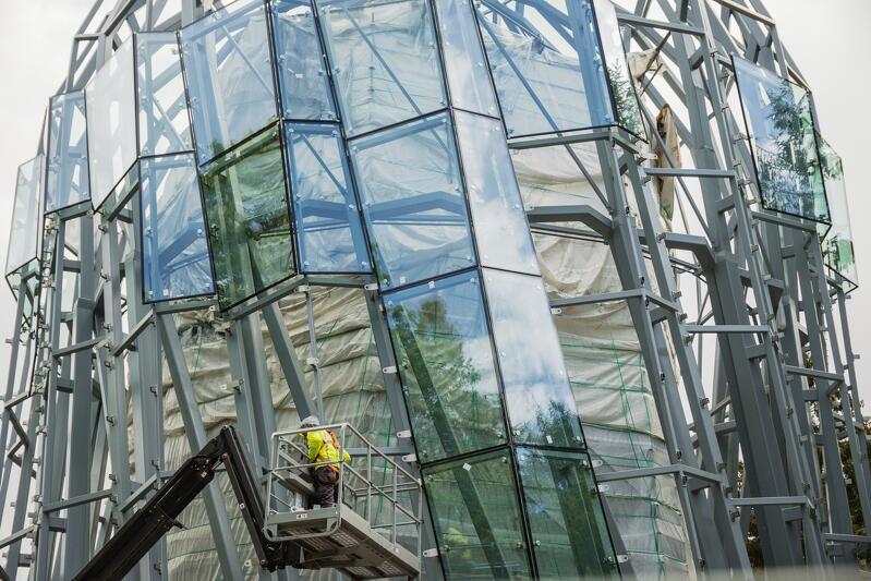 Nowa rotunda oliwskiej palmiarni będzie otulona 420 szybami