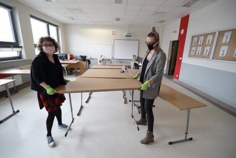 Meblowanie pod kątem reżimu sanitarnego - Pozytywna Szkoła Podstawowa  w Gdańsku, 13 maja