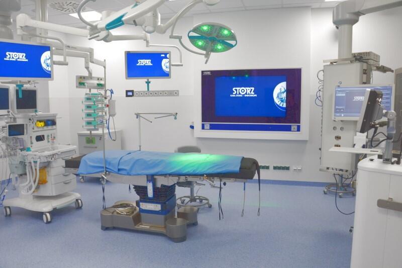 Jedna z supernowoczesnych sal bloku operacyjnego szpitala na Zaspie, którą oddano do użytku w piątek, 15 maja