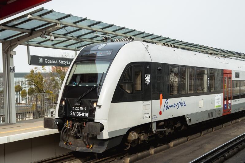 Pomorscy urzędnicy zastanawiają się nad wprowadzeniem rezerwacji w pociągach Szybkiej Kolei Miejskiej i Przewozów Regionalnych