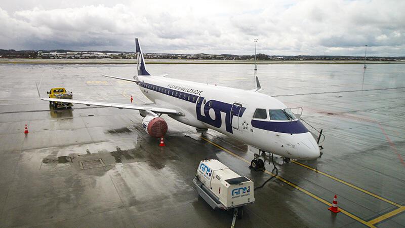 Z Gdańska na pokładzie maszyn LOT dolecimy do Warszawy i Krakowa