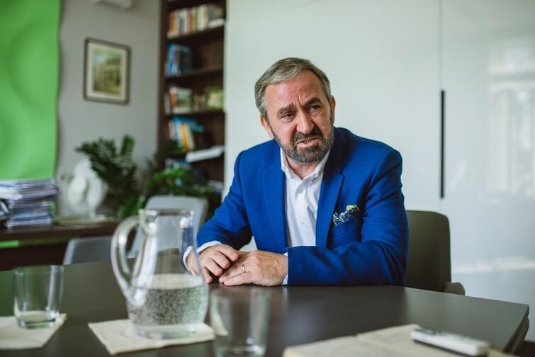 Dyrektor Gdańskiego Urzędu Pracy, Roland Budnik, musiał przeorganizować pracę urzędu i poprosić inne jednostki miejskie o oddelegowanie do GUP swoich pracowników