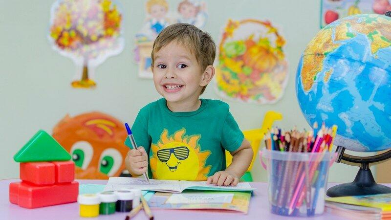 Część dzieci wraca do normalnych zajęć, część będzie mogła korzystać z konsultacji