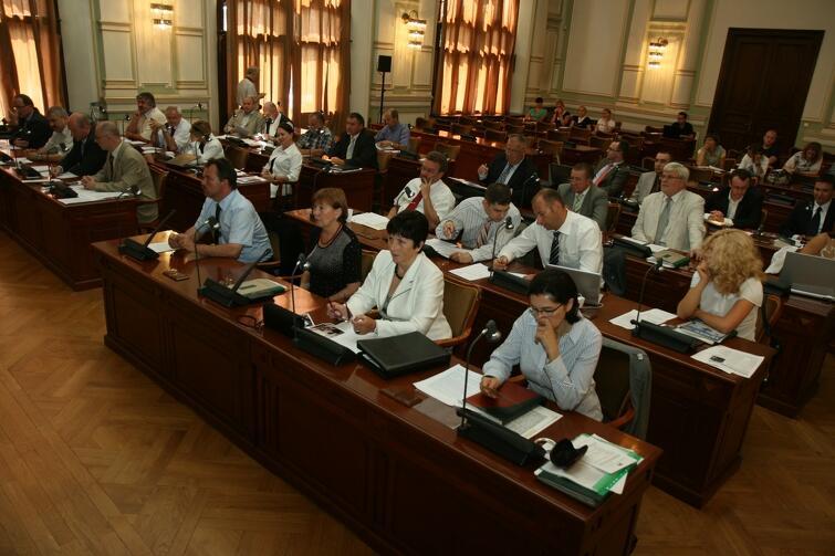 Sesja nadzwyczajna przeprowadzona w lipcu 2009 r.