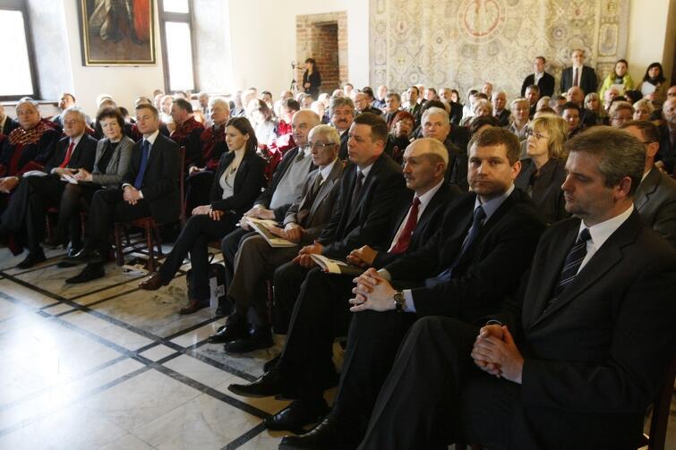 Sesja Rady Miasta Gdańska poświęcona Janowi Heweliuszowi w 360. rocznicę jego wybrania na rajcę miejskiego. Posiedzenie odbyło się w Ratuszu Głównomiejskim w marcu 2011 r.