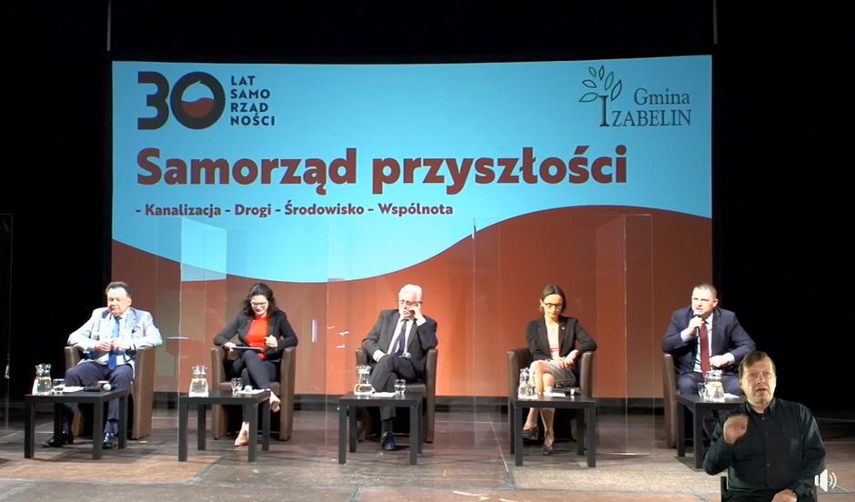 Gmina Izabelin zorganizowała w sobotę debatę pod hasłem 'Samorząd przyszłości - Kanalizacja - Drogi - Środowisko - Wspólnota'