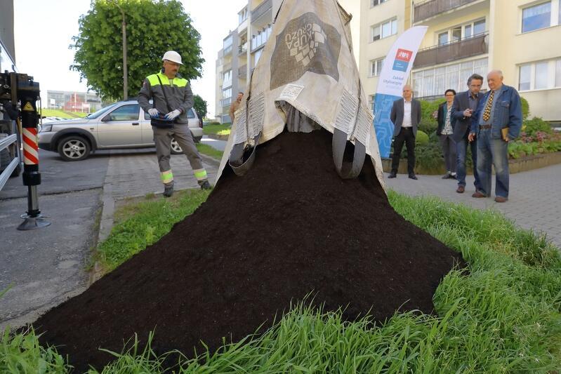 Symboliczny finał akcji odbył się 2 czerwca 2020 br. podczas ostatniej dostawy `złota ogrodników`, która miała miejsce przy ul. Wyrobka w dzielnicy Piecki - Migowo. Zamówienia dokonała Ludowa Własnościowa Spółdzielnia Mieszkaniowa Morena