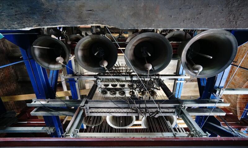 Carillon w Muzeum Zegarów Wieżowych w Gdańsku znajduje się na wieży kościoła pod wezwaniem św. Katarzyny. Po długiej przerwie spowodowanej pandemią koronawirusa, znów zagra dla mieszkańców i turystów - 12 czerwca