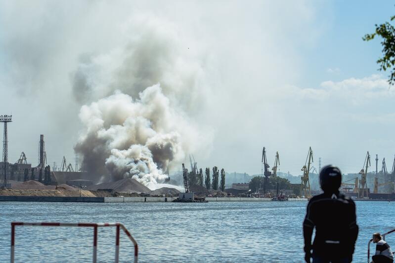 Zdjęcie zrobione od strony Nowego Portu nad Martwą Wisłą, na wysokości Twierdzy Wisłoujście