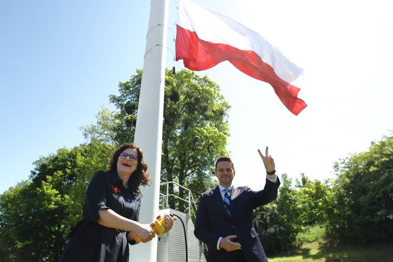 Aleksandra Dulkiewicz, prezydent Gdańska i Rafał Trzaskowski, prezydent Warszawy na Górze Gradowej