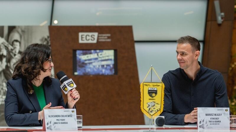 Prezydent Gdańska Aleksandra Dulkiewicz podczas prezentacji zwróciła się do nowego siatkarza Trefla: - Witamy legendę