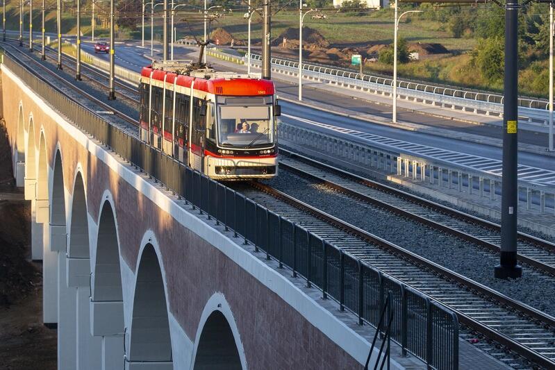 Pierwszy regularny kurs przedłużonej linii tramwajowej nr 12 na odcinku węzeł Ujeścisko - al. Adamowicza - ul. Bulońska