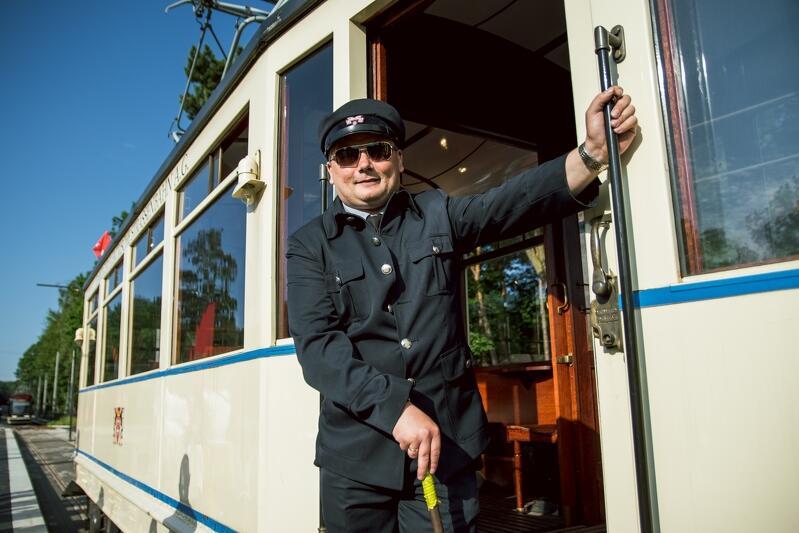 Zabytkowy Ring uświetnił inaugurację odnowionej linii tramwajowej