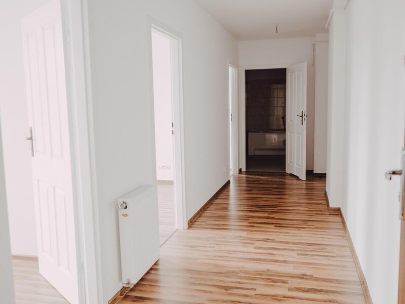 Zmiana układu wewnętrznego pozwoliła na wyodrębnienie 6 samodzielnych mieszkań