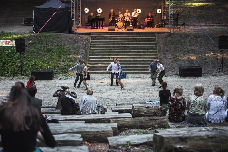 Koncert na scenie Teatru Leśnego