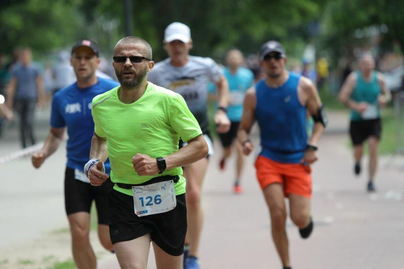 Bieg do Źródeł w 2019 r. W ubiegłorocznej edycji rywalizowano wspólnie, w tym roku każdy biegł sam